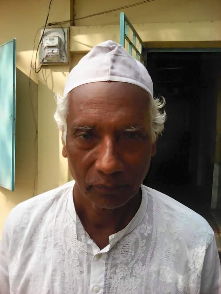 বাবুগঞ্জ বাসীর প্রিয় স্যার ইসহাক শরিফ সড়ক দুর্ঘটনায় আহত